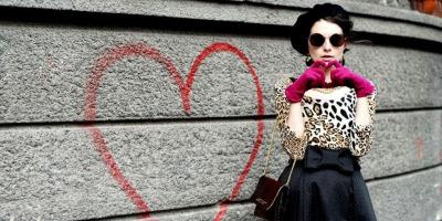 The Daily Tutli-Putli: personaje care prind viata prin hainele Ralucai Rosu