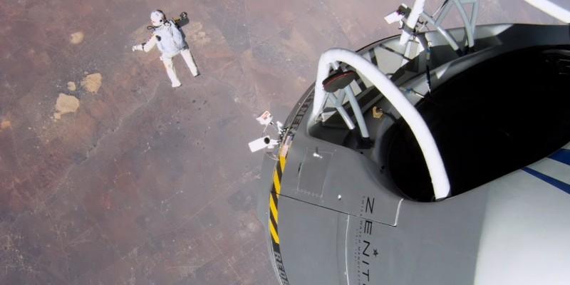 In spatele maretei sarituri de pe stratosfera s-au aflat micutele camere GoPro care au surprins totul