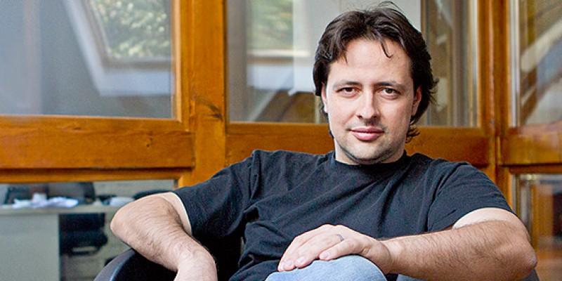 Cu Marius Ursache despre Eterni.me, platforma care promite nemurirea digitala