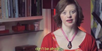 15 persoane care sufera de sindromul Down ii vorbesc unei viitoare mame speriate, intr-o campanie semnata Saatchi & Saatchi Italia