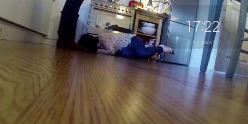Violenta domestica vazuta prin Google Glass