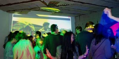 [Noaptea Agentiilor – the inside story] Gaming party la eventures #fireinthehole