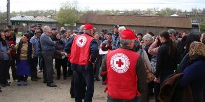 Fundatia Carrefour a donat Crucii Rosii Romane produse de prima necesitate pentru familiile sinistrate din Galati