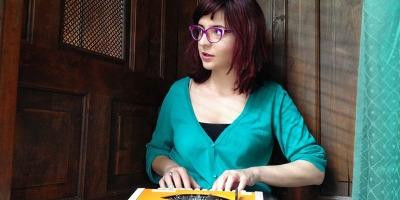 Via Praga: Carmen Dobrescu - Urania ma bate la cap de 1 an si jumatate ca o sa plec in strainatate