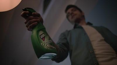 Interstar si Next Advertising declara razboi impotriva gandacilor intr-o noua campanie pentru Aroxol