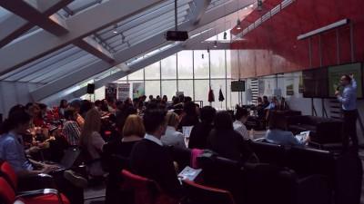 [LIVE TEXT] Brands & Communities 2014: Inside Story - De la simpli angajati la o comunitate de brand ambassadors