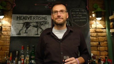 """[Definitia ghost-ului] Serban Alexandrescu (Headvertising): Mai greu injuri azi, cand CDilor li se impune de sus ca sarcina de serviciu indeplinirea """"planului la premii"""""""