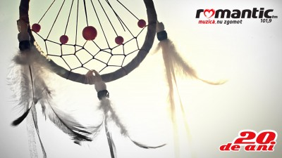 Romantic FM - Dreamcatcher