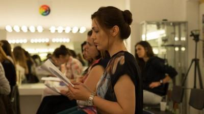 Intre hobby-uri si formare profesionala: platforma de cursuri DallesGO