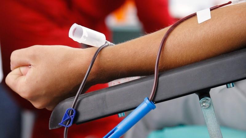 Fundatia Vodafone Romania va investi 360.000 euro in 7 centre de transfuzii din toata tara