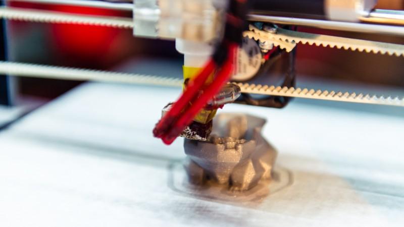 24pe7 despre prima imprimanta 3D produsa in Romania