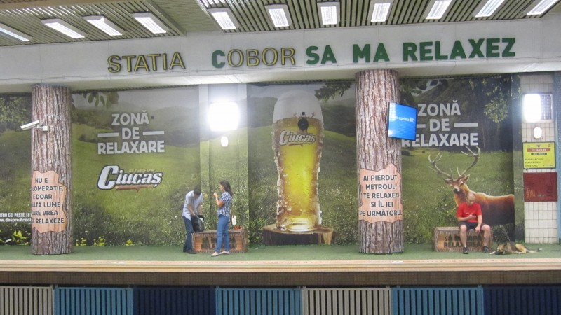 Ciucas creeaza o zona de relaxare in statia de metrou Obor