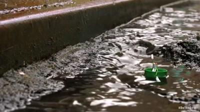 Mountain Dew - Curb Rafting