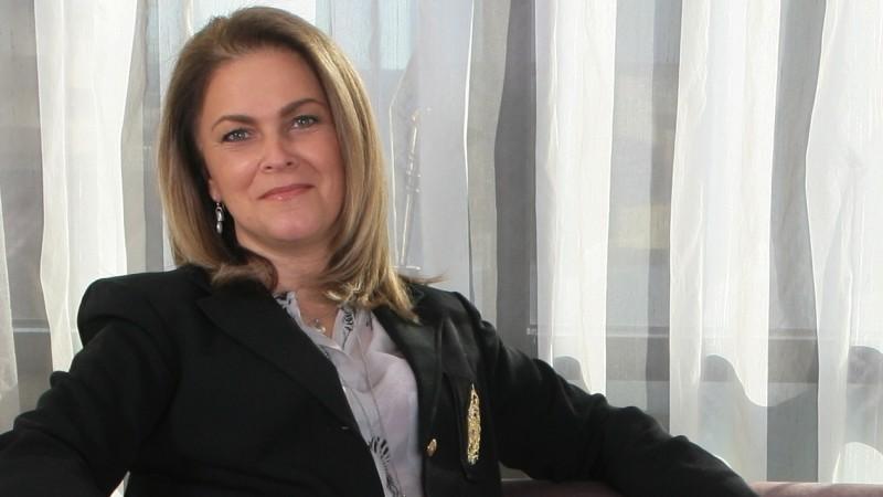 [INSIDER 2007-2014   Schimbari in business-ul de creatie] Oana Cociasu: In acesti 7 ani, creativitatea publicitarilor din Romania a avut o evolutie inversa, de la extaz la agonie, norocul a fost insa ca am avut surse si resurse vitale