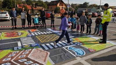 """Lidl organizeaza cu sprijinul Politiei Rutiere Romane a doua editie a campaniei """"Verde la educatie pentru circulatie"""""""