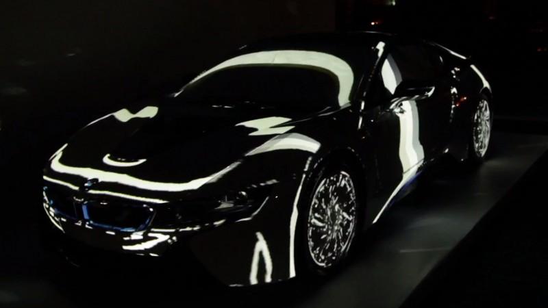 Proiect de videomapping pentru BMW i8. Dezvoltarea proiectului este facuta de Les Ateliers Nomad si 360 Revolution