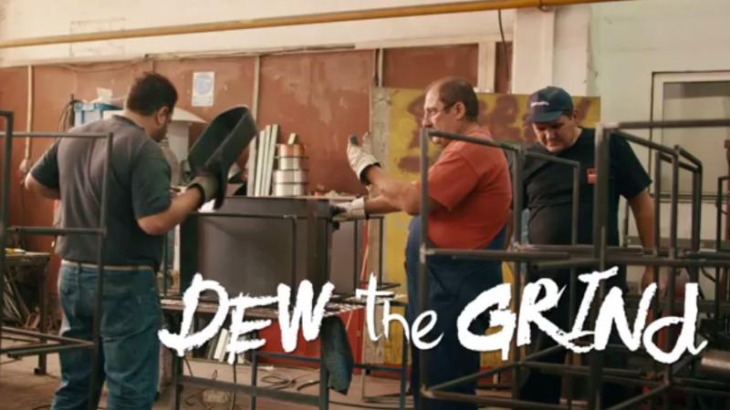 """""""Dew the grind"""" – sau cum sa primesti Mountain Dew pentru un trick reusit"""