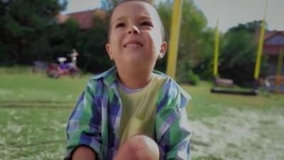 """""""Cel mai important cuvant"""" - noua campanie DDB Romania pentru SOS Satele Copiilor"""