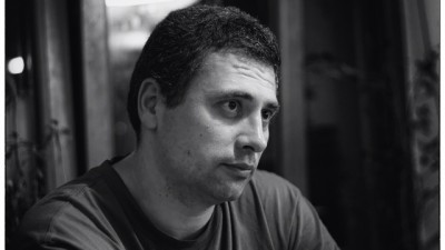 Radu Jude: De ce sa ai copywriteri capabili, cind citiva papitoi imbracati misto pot sa scrie ceva pe hirtie intr-o limba romana aproximativa?