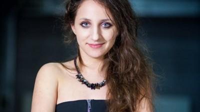 [Tinerii din agentii - Golin] Simina Zidaru: Inainte sa ma angajez, ma deranja eticheta de corporatist. Nu-mi suna mie bine
