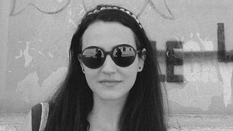[Tinerii din agentii - MSLGROUP The Practice] Ioanei Mihai i-au spus parintii ca o s-ajunga pe strada - si nici macar nu stie sa cante la acordeon