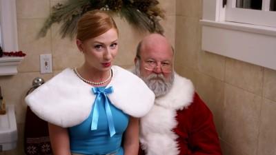 Aoleu, ce face Santa?