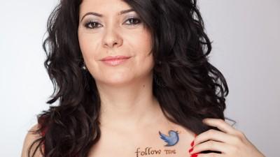[Limba de lemn in reclame] Daniela Petrescu: Limba romana. N-ai cu cine, dom'le. Niste tarani