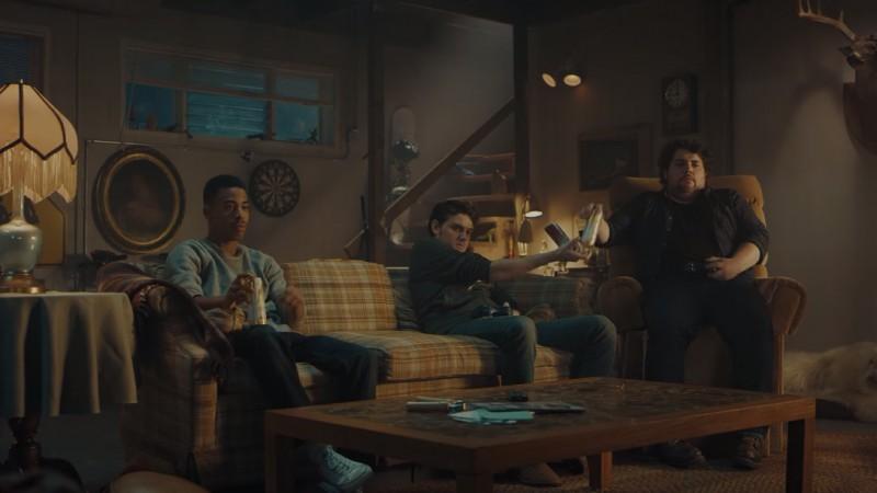 Ne uitam la Super Bowl doar pentru reclame