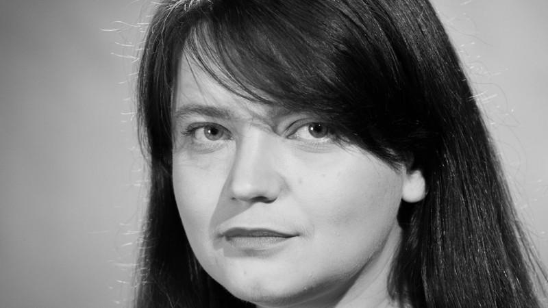 Ana-Maria Caia: Sapte Seri nu mai e un ghid urban in format mic, e o revista mare, cu mult continut premium. Apoi, este un saptamanal gratuit, care traieste din publicitate si branded content