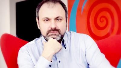 """Radu Luca: Inca de la primele fraze, avem de a face cu un """"indreptar"""" conceput sa creeze relatii, nu sa ingradeasca dreptul la expresie si libera actiune"""