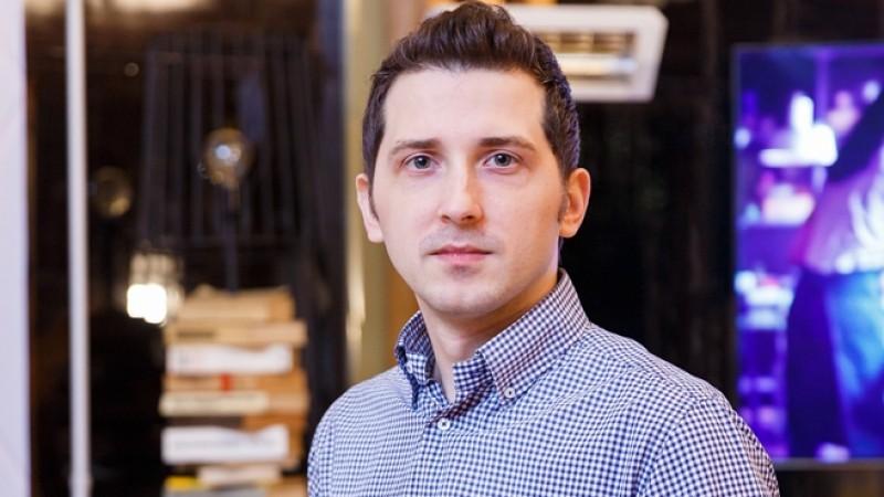 Radu Acsinia (Samsung Romania): Divertismentul, informarea, implicarea consumatorilor si customer service-ul sunt principalele nevoi pe care le adresam prin comunitatile online