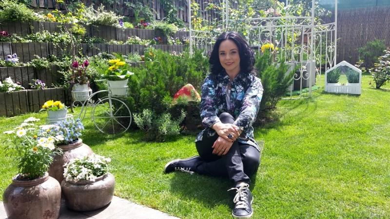 "Emisiunea ""Pretuieste viata"" cu Andreea Marin, in grila de programe Itsy Bitsy FM"