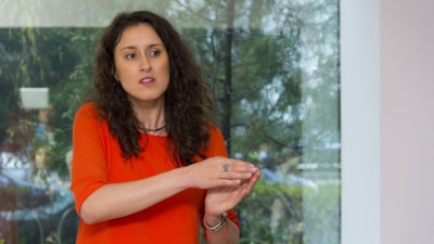 """Monica Tarnovean (Second Skin Advertising): Clientii """"educati"""" sunt putini si, de obicei, sunt ai agentiilor de lant. Asadar, trebuie sa am disponibilitatea de a petrece timp explicand modul nostru de lucru"""