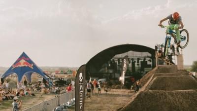 Airfield – Festivalul cu cel mai bun hip-hop al verii si sporturi in aer liber