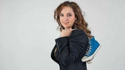 Alina Buzatu (Geometry Global) si tinerii din spatele fericirii: Te poti opri intelegand tanarul la nivel de recuzita sau poti sa-l descoperi la nivel de nevoi