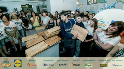 Finala Cupei Agentiilor la Gatit by Lidl s-a jucat in lava cake-uri