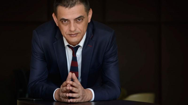 """Gabriel Branescu (Eikon7): Situatia in momentul acesta este ca nu numai agentia, dar si marketing-ul clientului sunt trimise in camera lor sa se joace """"Marca si Comunicarea"""", in timp ce adultii fac """"business"""". Si bani"""