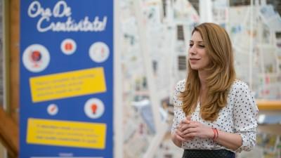 [CSR in Romania] Sabina Stirb (Samsung Electronics): Suntem implicati activ in proiecte concentrate pe doua directii principale: educatia si dezvoltarea profesionala a tinerilor, prioritare pentru compania noastra pe plan european