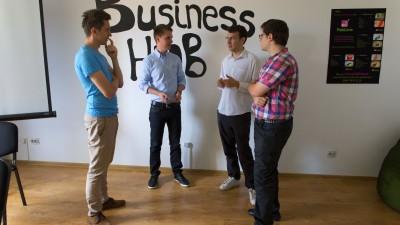 "Land of WEB :""Colaborati cu noi cand aveti nevoie de un partener profesionist"""