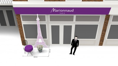 Marionnaud - Outdoor Setting - Kiss in Paris