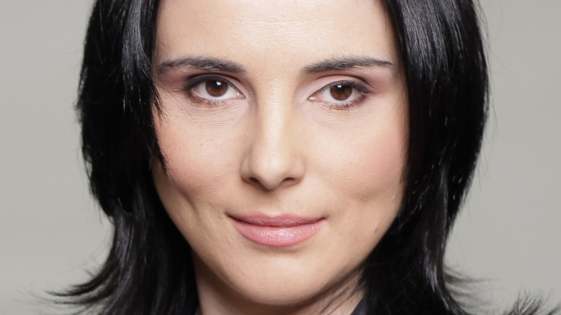 [Marketeri despre creativitate] Ruxandra Voda (Telekom): Pentru anumite produse si servicii destinate unor segmente largi de consumatori, comunicarea trebuie sa fie si creativa si pragmatica