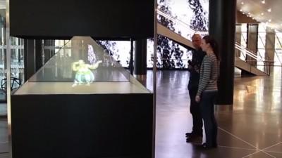 Dispozitivul holografic 3D vine in premiera la Print & Sign, intre 8 si 11 septembrie