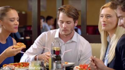 """""""Detastaturizarea"""": Pizza Hut te invita sa redescoperi bucuria meselor in oras"""