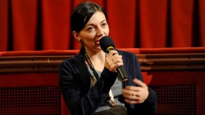 [Cum se vinde filmul romanesc] Florentina Ciuverca: Ca om de comunicare, esti nevoit uneori sa lupti pe doua fronturi – sa convingi si publicul, dar si omul care a facut filmul