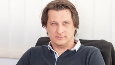 """[PR-ul creativ] Ionel Barbalau: Traim intr-o noua realitate; vorbim de sharing economy, de """"slow PR"""", de democratizarea productiei de mijloace simbolice"""