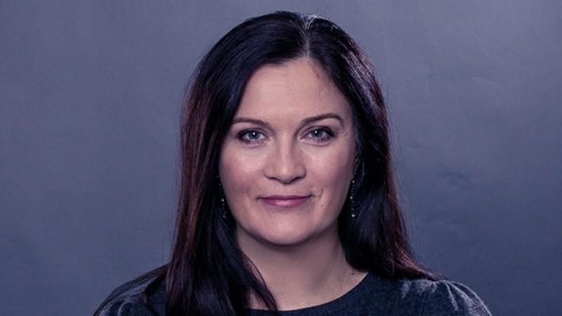 """[CV de agentie] Mona Opran, Centrade: Provocarile depasesc subiectul """"marime"""", provocarile vin cu uriasa rapiditate din alta parte; comunicarea in lumea internetului"""