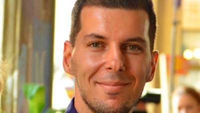 Marius Constantinescu: Barbatii din spoturile noastre sunt ori albi, ori negri. Cred ca e timpul pentru barbati din multe griuri colorate