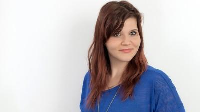 """[Timisoreana prezinta Layeru-i Ler: Juratii] Laura Belc: O conversatie cu oameni reali nu incepe cu """"Fie ca lumina"""""""