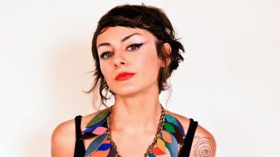 [Creativul non-publicitar] Mona Vulpoiu, designer de bijuterii: Cineva spunea despre creativitate ca este extensia naturala a entuziasmului nostru, iar noi ca popor abia acum incepem sa fim entuziasmati