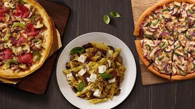 """Pizza Hut relanseaza oferta Pizza Festival, cu un """"invitat"""" special: pastele"""
